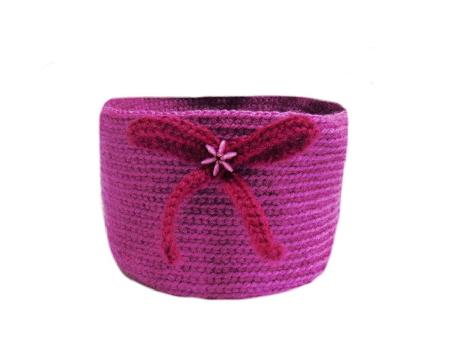 Knitted decorative basket