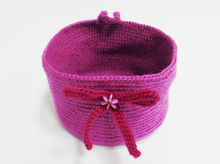Load image into Gallery viewer, Knitted decorative basket