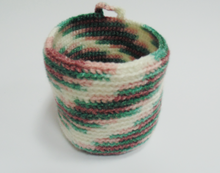 Load image into Gallery viewer, Knitted decorative hanging basket