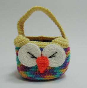 Owl knitted basket