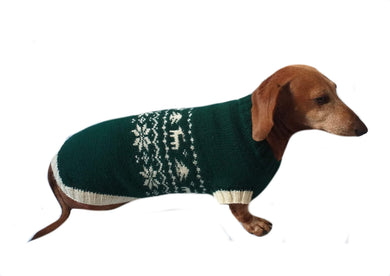 Christmas dog sweater with deer and snowflakes - dachshundknit