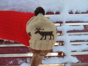 Christmas hat with deer for dog with pompom - dachshundknit