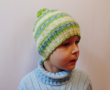 Load image into Gallery viewer, Knitted hat with pompom universal size child, woman, teenager