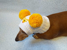 Load image into Gallery viewer, Hat with deer and two pompons for dog - dachshundknit