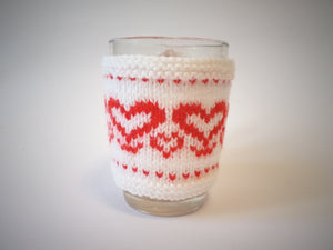 Knitted sweater for cups Heart, case for cup, case for heating cups - dachshundknit