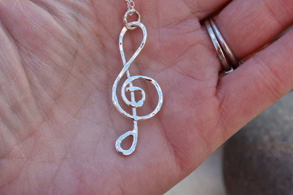 Treble Clef silver necklace