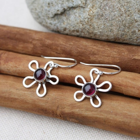 Flower Earrings with Stone in Silver