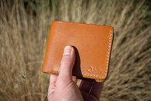 Load image into Gallery viewer, Wanderer - Delmotte Leathercraft