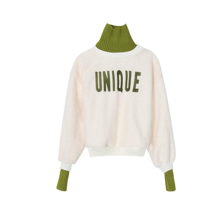 """UNIQUE"" TURTLENECK"
