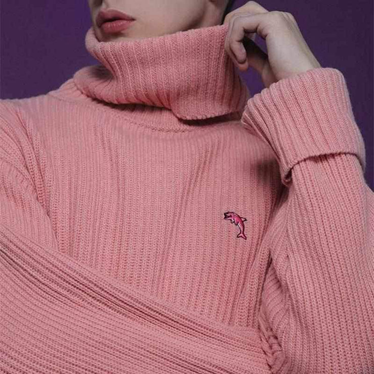 """DOLPHIN EMBROIDERY"" TURTLENECK"