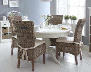 The Lisa - Dining Set with Wicker Chairs