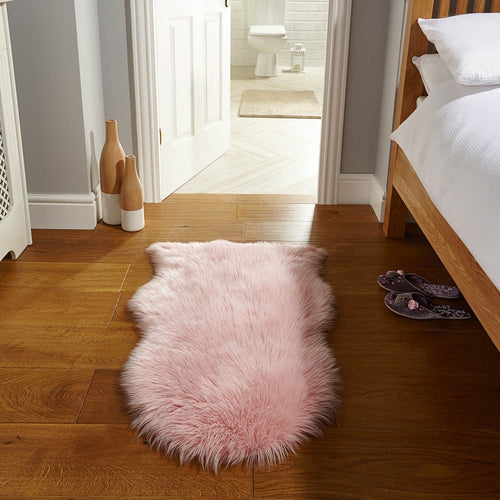 The Layla - Pink Faux Fur Rug