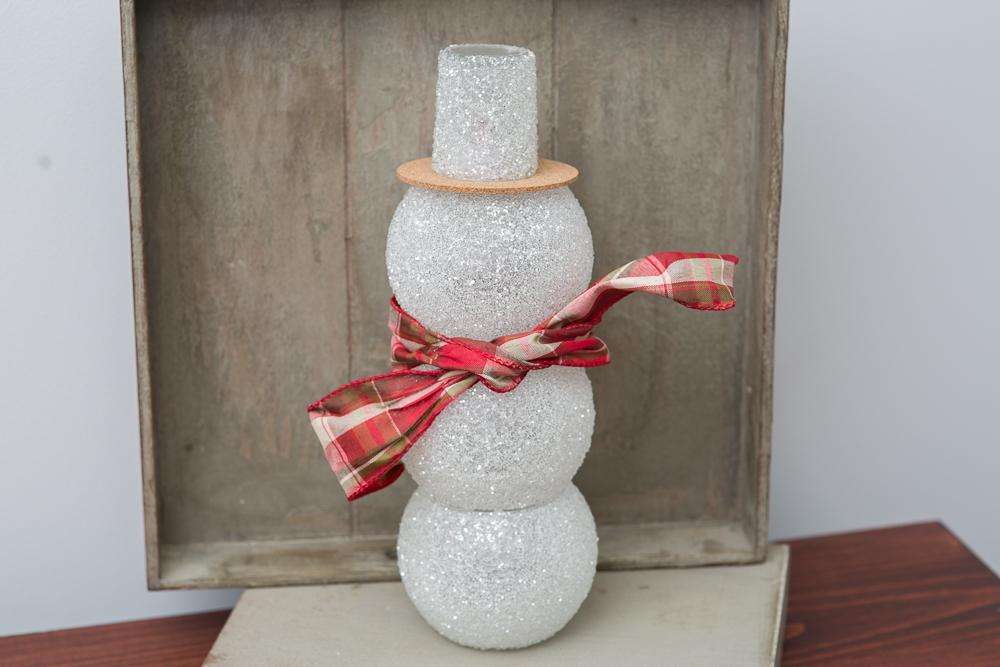 Holiday DIY: Sparkling Snowman