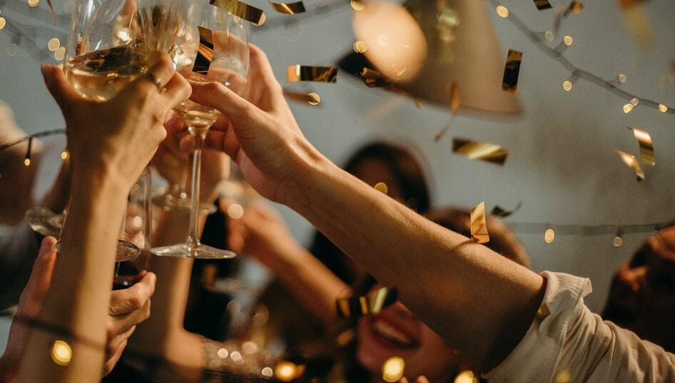 A Bride-to-Be's Guide to Selecting Champagne for the Wedding