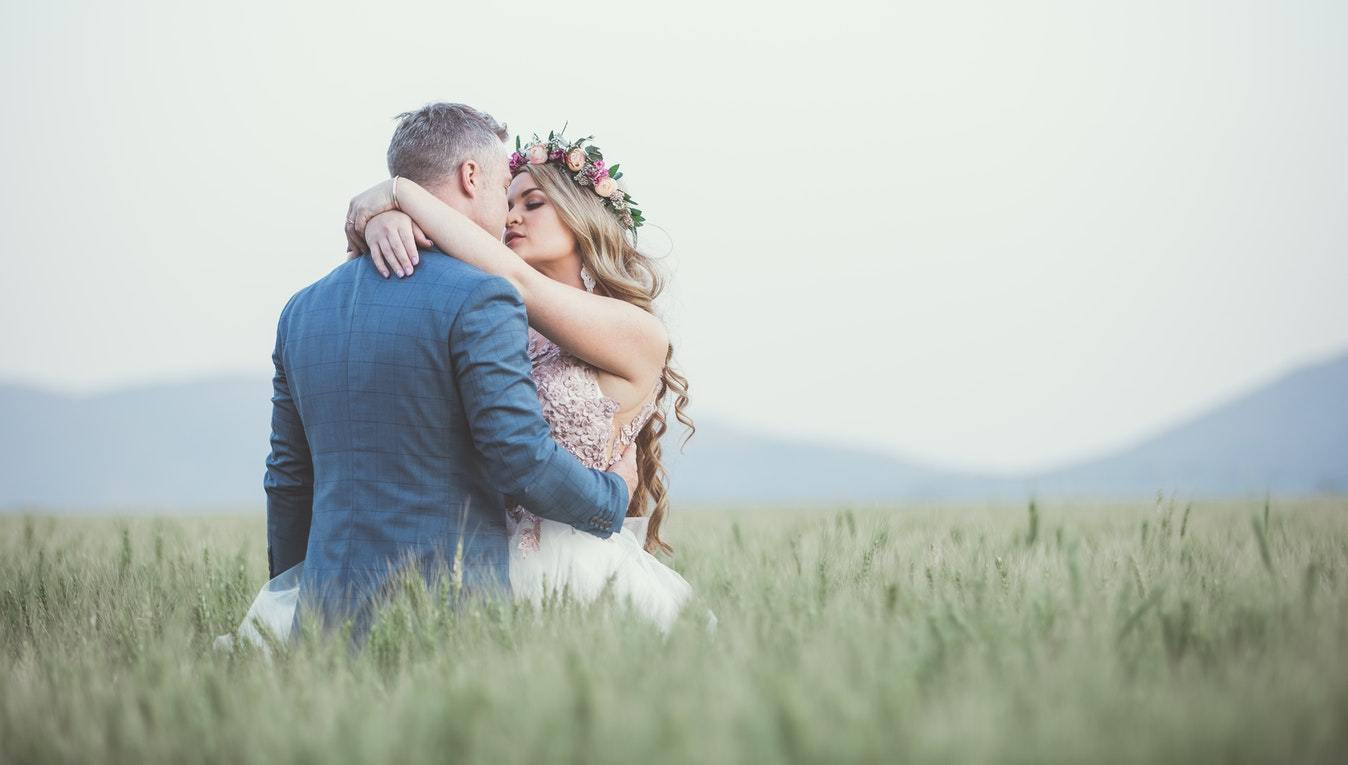 5 Ways to Prep for Your Outdoor Micro Wedding