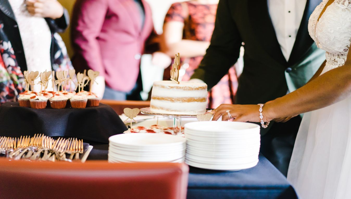 Tiny Details for Your Big Day: 4 Simple Ways to Avoid Food Poisoning