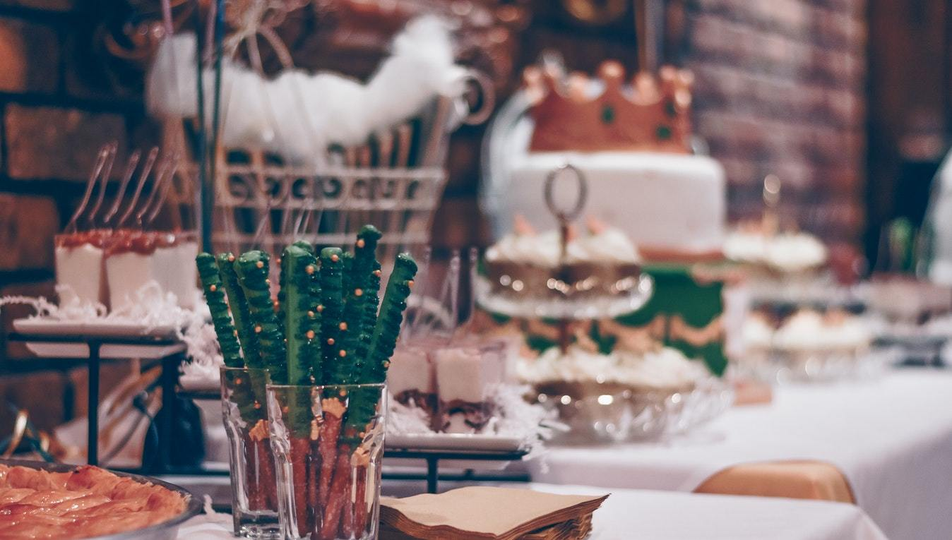 Tiny Details for Your Big Day: 5 Tips for Safe Food Storage During Reception