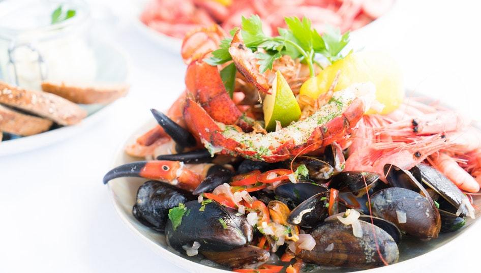 Is Seafood a Smart Choice for Your Reception Menu?