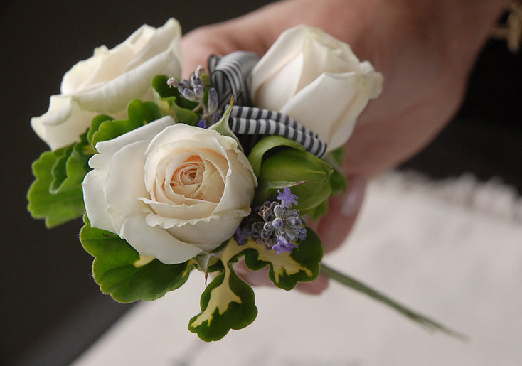 How To Make A Corsage Save On Crafts
