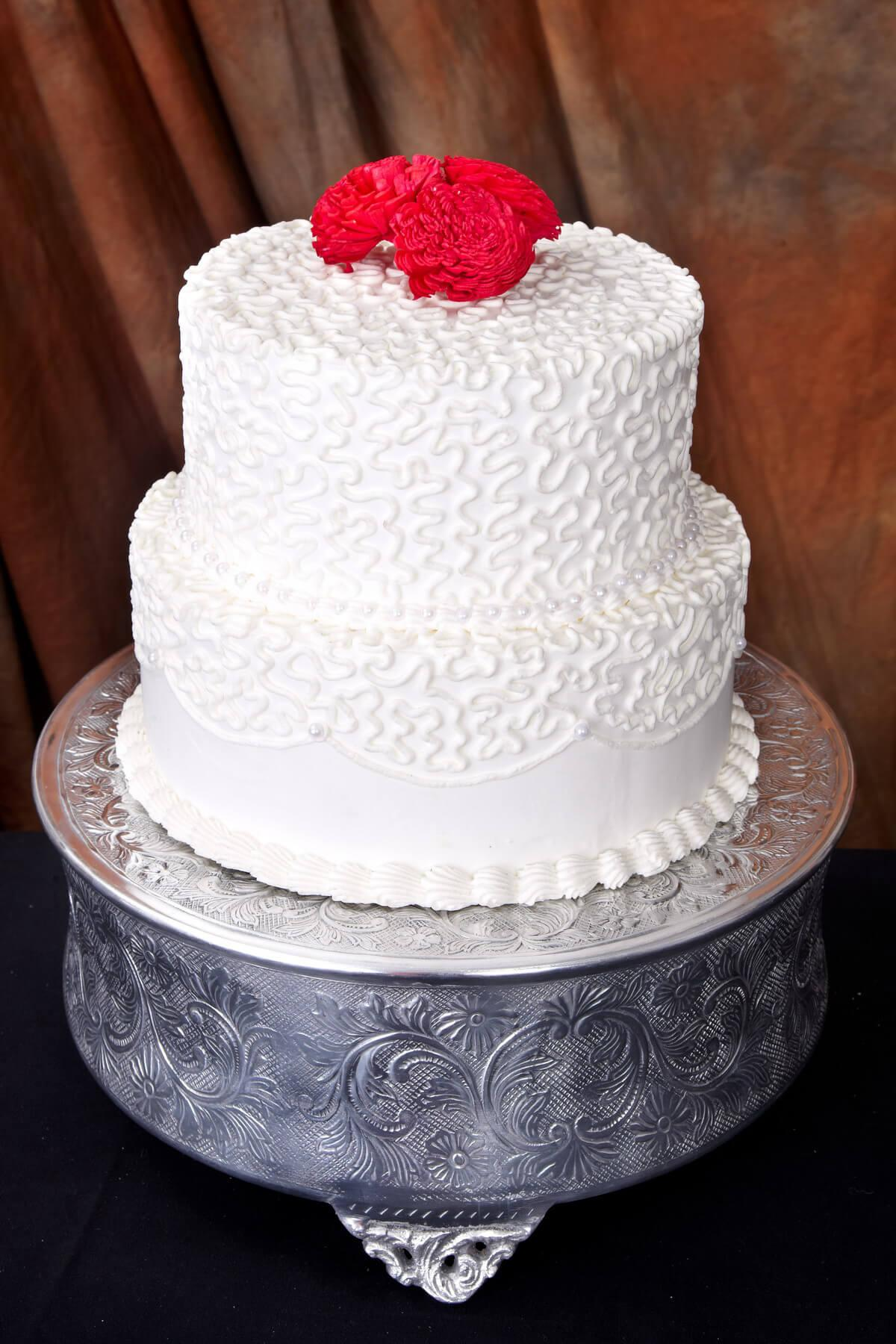 "Round Embossed 14"" Wedding Cake Plateau"