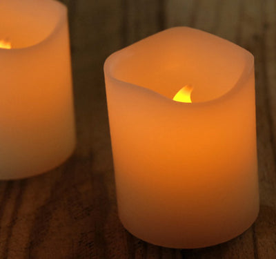 2 Battery Operated Scented Candles LED, Flickers  2in