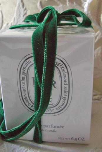Green Italian DF Velvet Ribbon 3/8in x 11.5ft
