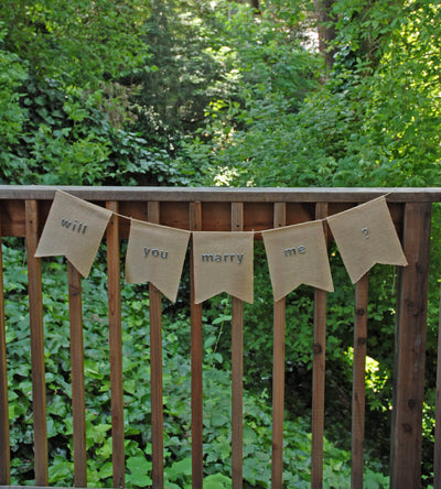 Burlap Swallow Tail Banner (5 Pennants)