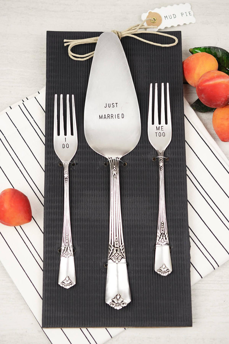 "Mud Pie ""I Do"" Wedding Cake Server Set"