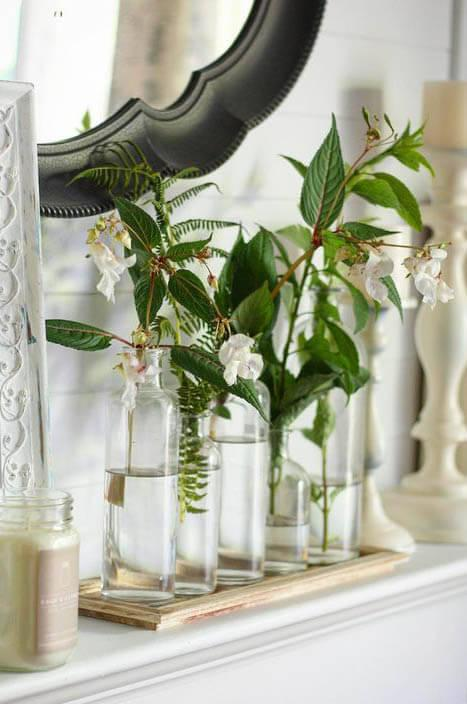 5 glass bottle vases w tray 16in