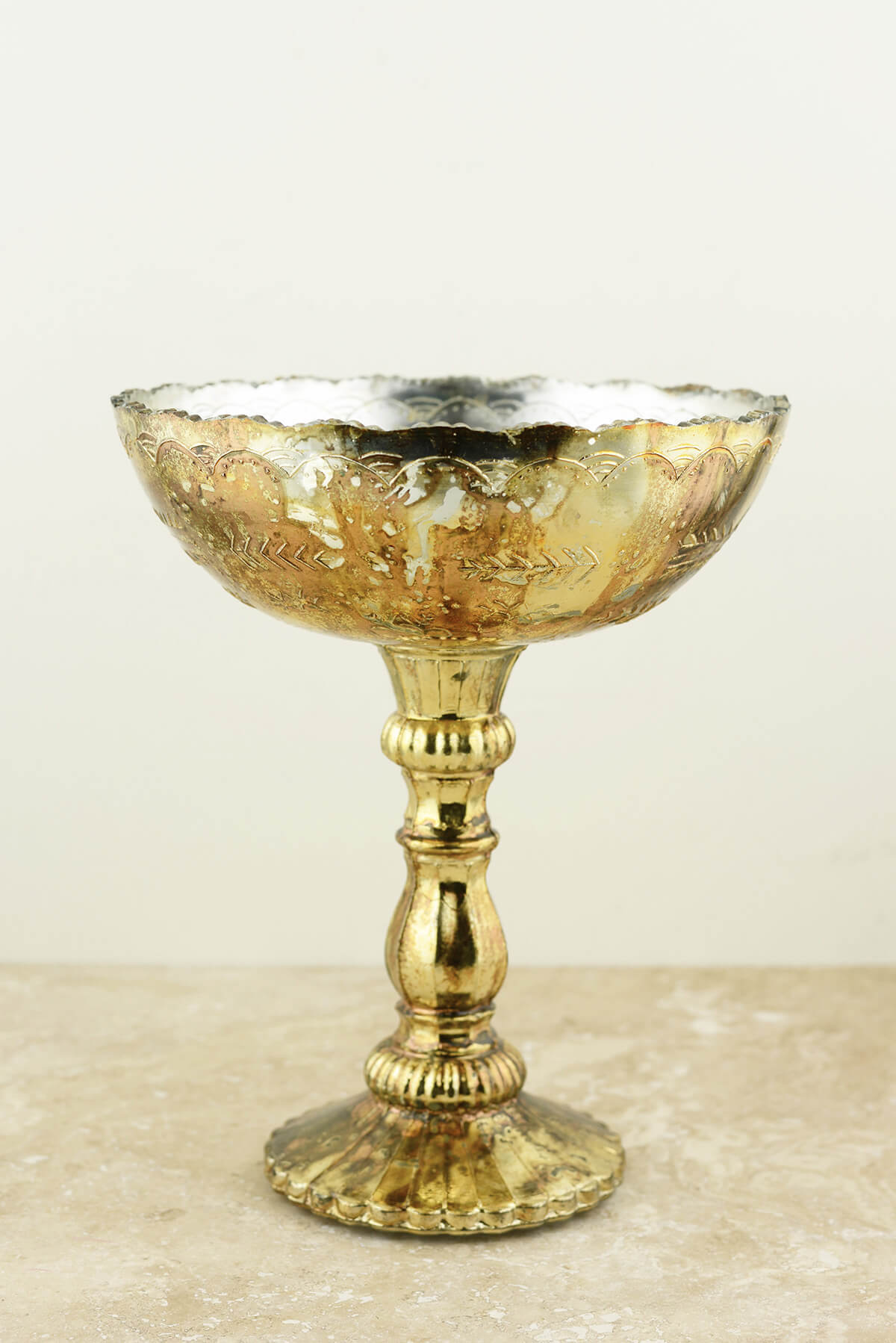 "Desiray Compote 8""x 9.5"" Gold"