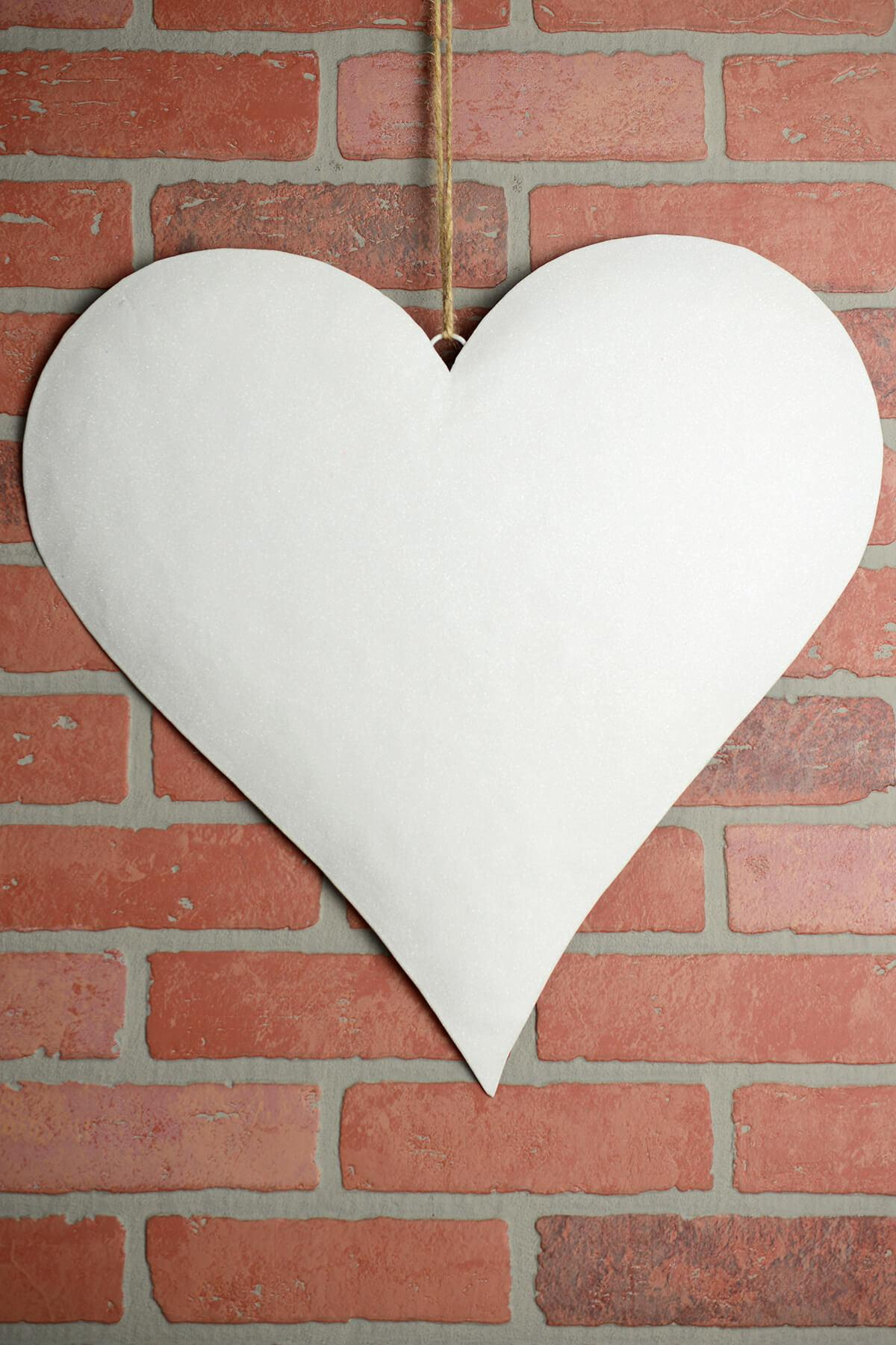 large 18in white glitter puffy metal heart decorations