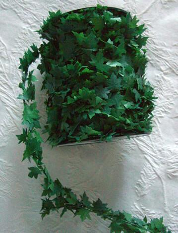 Wired Miniature PVC Ivy Leaf Garland 27yds