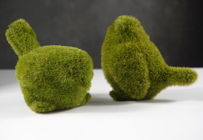 Pair of Faux Moss Birds 4in & 5in