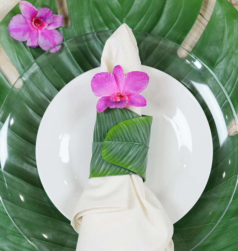 6 Banana Leaf Napkin Rings