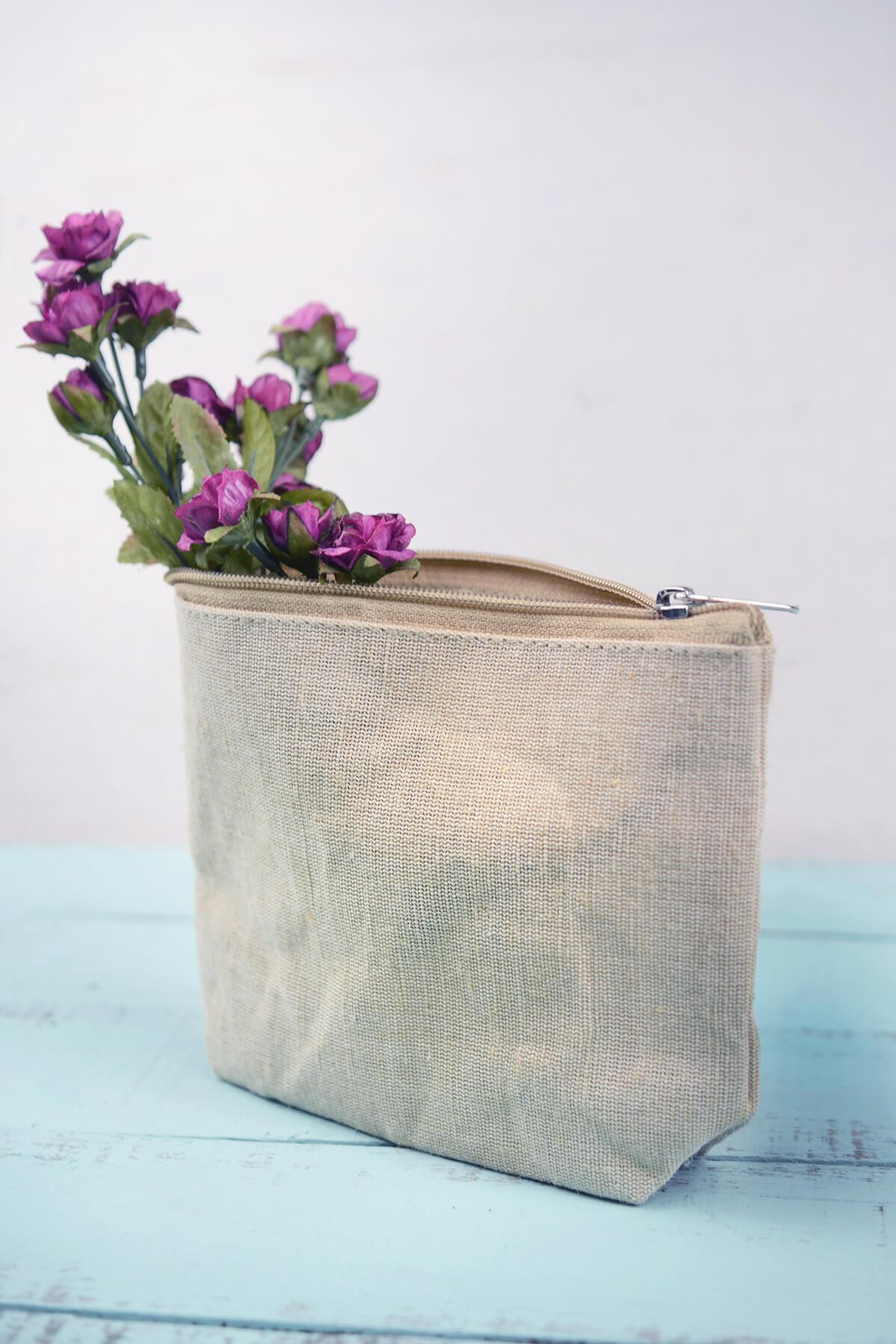 "Zippered 7"" x 5"" Burlap Bag Set of 6"