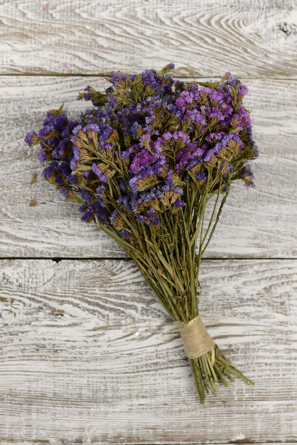 preserved purple statice bouquet 10 14in 4oz