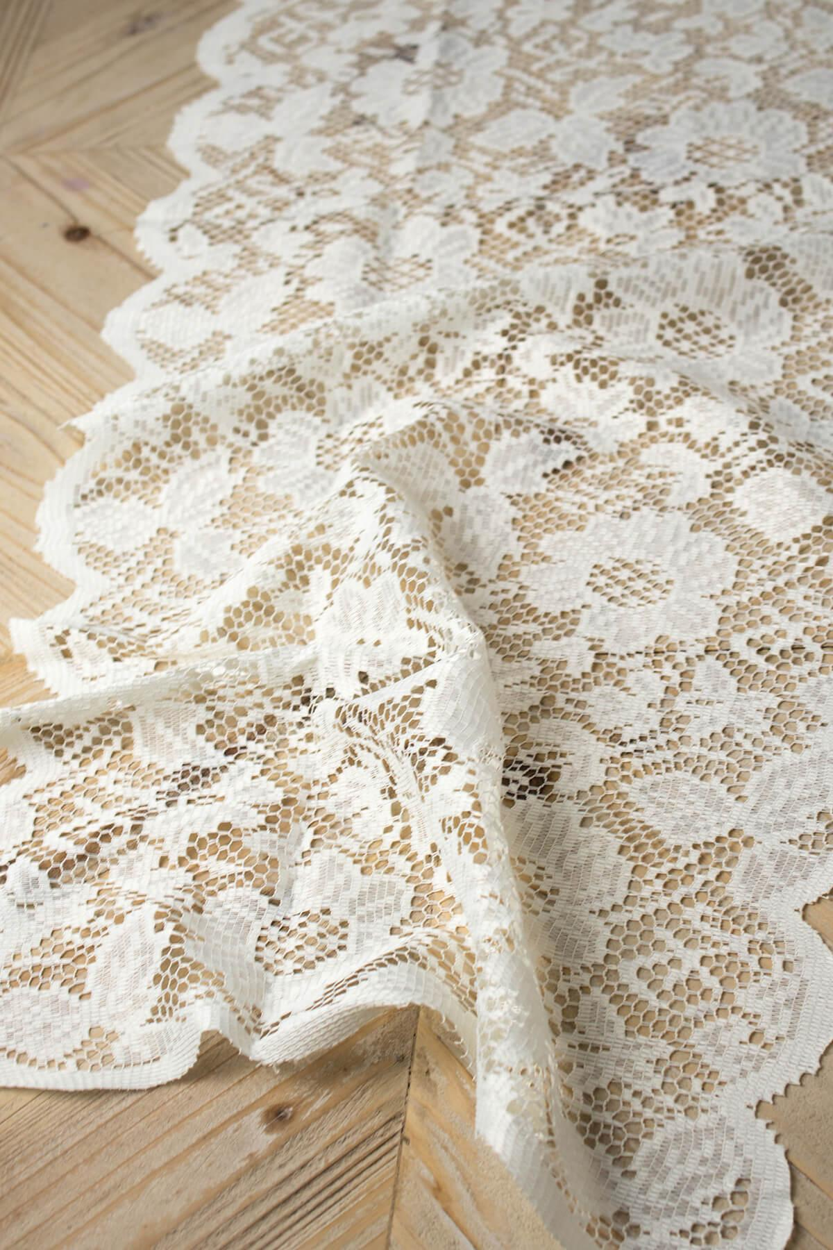 Ivory Lace Table Runner 18 x 96