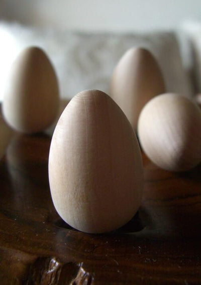 solid wood eggs pack of 25