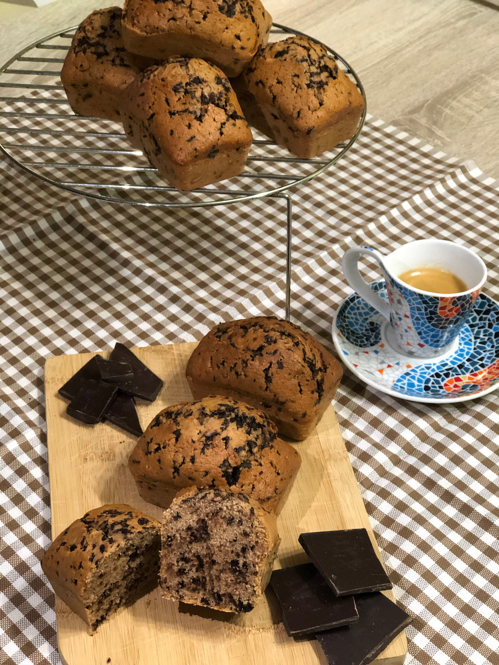 Mini plumcake with coffee and chocolate drops