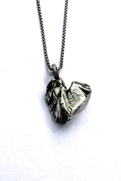 Silver hearts jewelry - Carved Away
