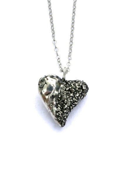 Silver hearts jewelry - Integrating