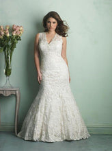 Load image into Gallery viewer, Allure Bridals W340
