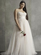 Load image into Gallery viewer, Vera Wang White 8VW351497