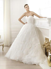 Load image into Gallery viewer, Pronovias Lastel