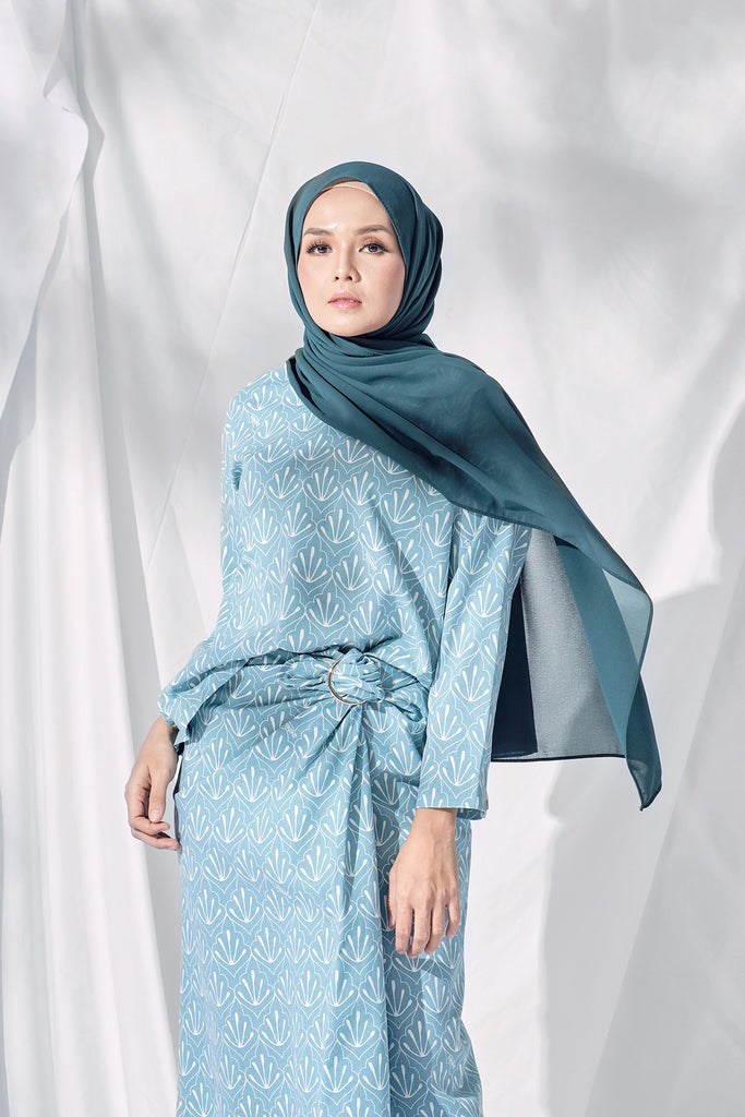 The Langit Women Origami Blouse - Petani