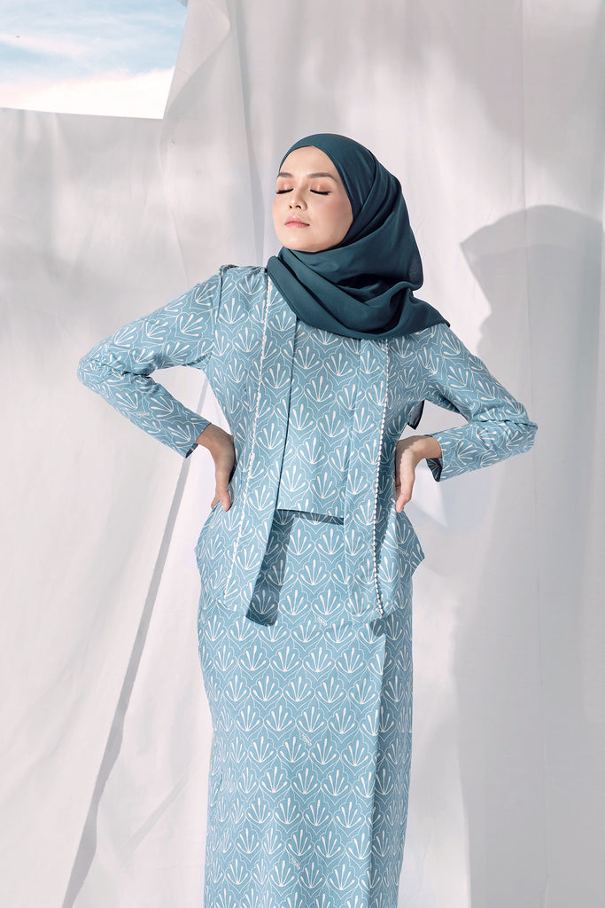 The Langit Women Kebaya Blouse - Petani