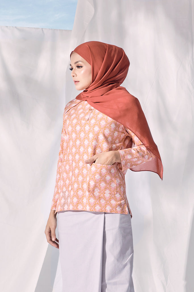 The Langit Women Raglan Sleeve Blouse - Kuala