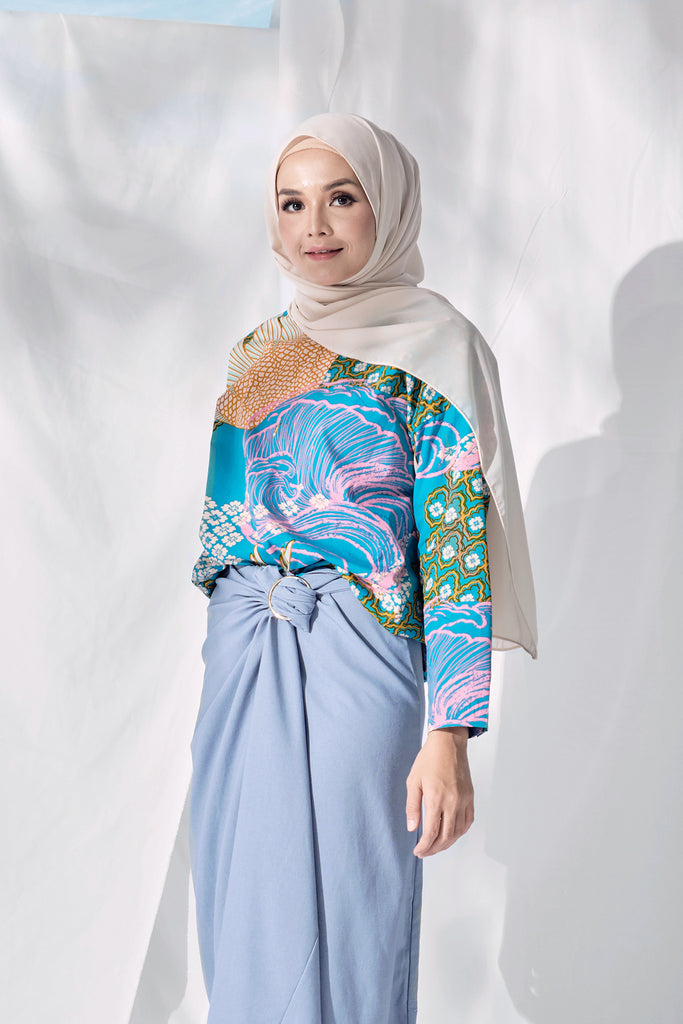 The Langit Women Origami Blouse - Tanjung