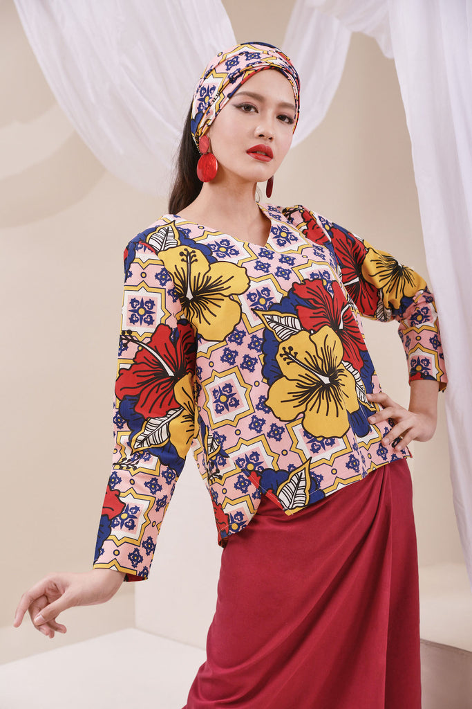 The Nari Women Tunic Kite Blouse - Hibiscus Print