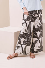 The Nari Women Overlay Trousers - Aki Print